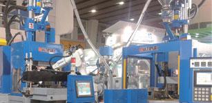 2013塑料机械:东南亚成出口重点,国内塑机亟待转型