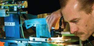 MPC采用康耐视 Checker®视觉传感器防止装配缺陷,以提高生产率