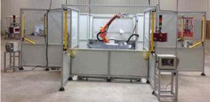 机器视觉的机器人取代四台传统的火焰处理机器人