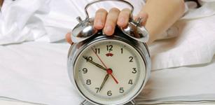 成年人大约有25000个清晨起来,浪费或者利用取决于你