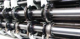 在全自动高速水性印刷开槽模切机上的应用——永宏PLC
