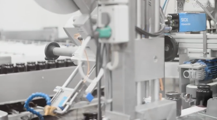 西克(SICK)在Fynbo食品中对 TriSpector1000 3D盖的完整性检验