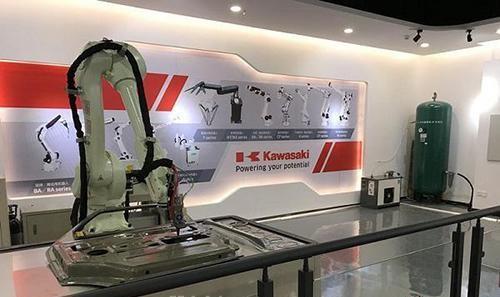 川崎机器人首个工程研发中心在中国