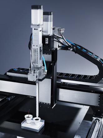 北京自动点胶机 深隆STT1010 自动点胶机 点胶机器人 汽车玻璃涂胶生产线