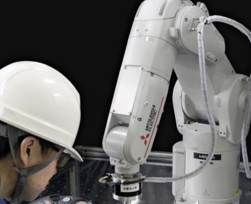 三菱电机开发可细微动作工业机器人