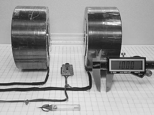 穿越人体组织做手术的磁锤机器人问世