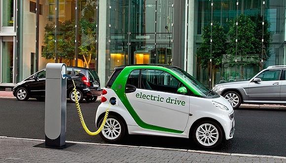 《通知》对我国新能源汽车推广应用财政补贴政策进行了调整,并进一步