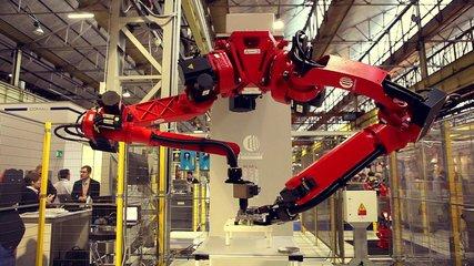 中国机器人产业五年发展规划:自主品牌工业机器人年产量达到10万台