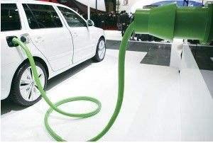 4月关于新能源汽车国家及地方都颁布了哪些政策法规?