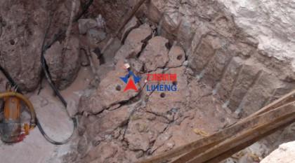 竖井开挖设备劈裂机
