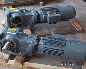 SEW齿轮箱SA37斜齿轮蜗轮减速机 图片