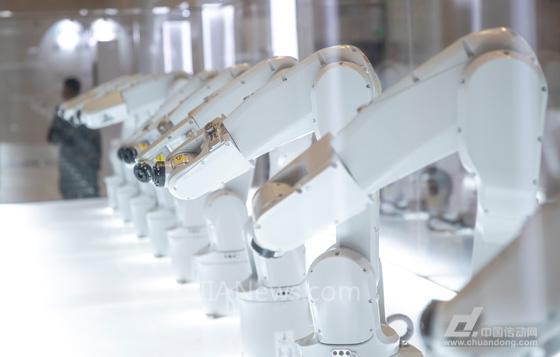 ABB参加世界经济论坛,探讨未来运动控制技术
