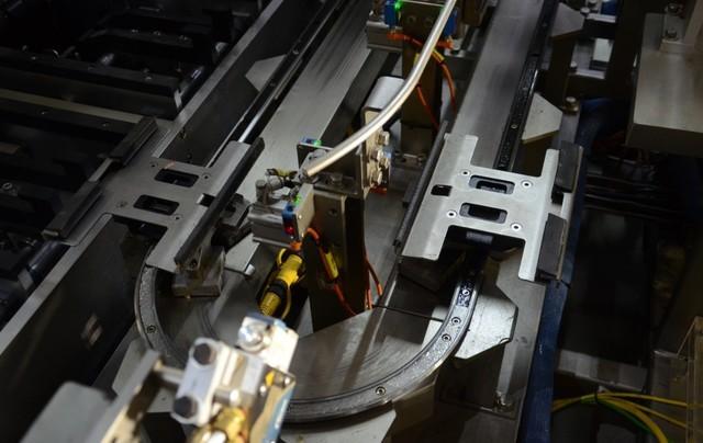 京东启用含磁悬浮的智能包装机 效率再升10倍