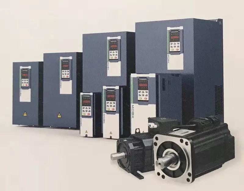 MIC019电液伺服单泵注塑机调试指导,为用户提供极大方便