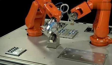 """""""下游不火,機器人產業不可能做起來""""——訪機器人集成應用專家劉曉鳴"""
