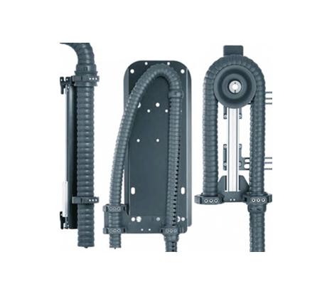 igus 为机器人应用而特制的triflex® R 3D拖链