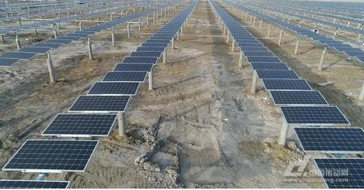 正泰新能源100兆瓦白城光伏发电领跑基地项目并网发电