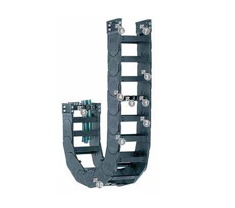 igus14340系列拖链,可在两侧扣开,每两个链节有横杆