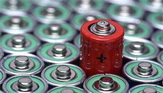 发展新能源汽车     动力电池安全是最重要的那枚棋子