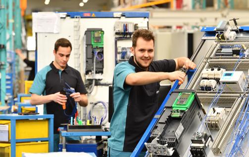 机器制造中安全高效的工作流程 魏德米勒工作场所解决方案帮助布勒集团提高流程效率