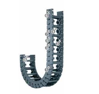 易格斯E6.80系列拖链,按每2个链节安装横杆